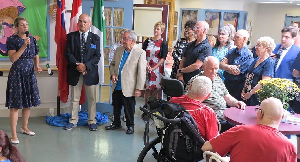 La ministre Mélanie Joly visite le Foyer Richelieu de Welland